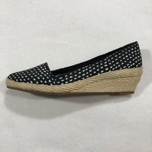 Lucky Brand 7.5 Women Black White Wedge Shoes
